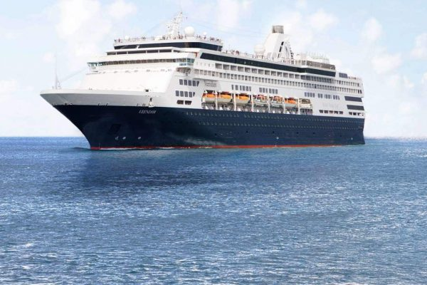 Another Record-Breaking Cruise Season in the Falkland Islands